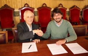 El sr. Coll amb el sr. Villamayor (Foto: Aj. de Tarragona).