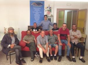 En Diego De La Vega, amb diversos usuaris de l'alberg de la Fundació (Foto: cedida).